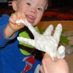 rękawice rączki się witają
