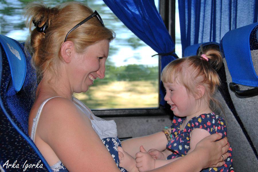Karolinka w autobusie