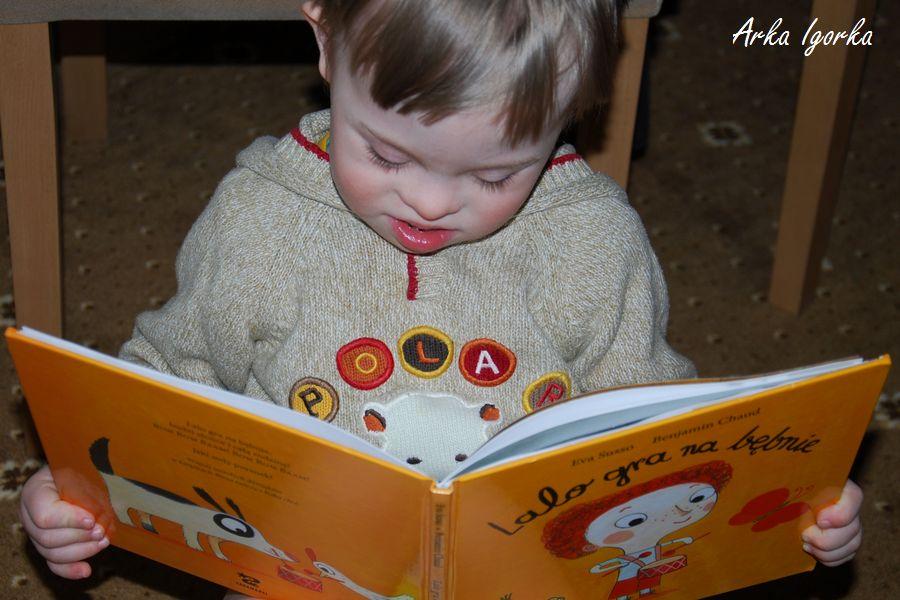 lalo Igor czyta