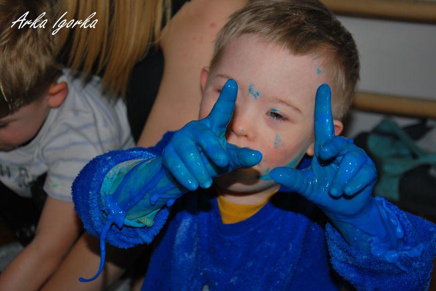 niebieskie [palce